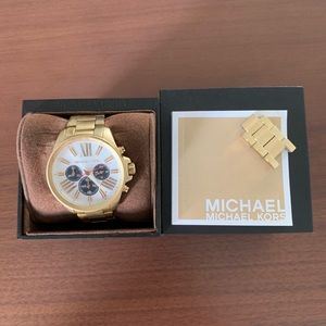 Michael Kors Retro Watch - Gold- New without tags